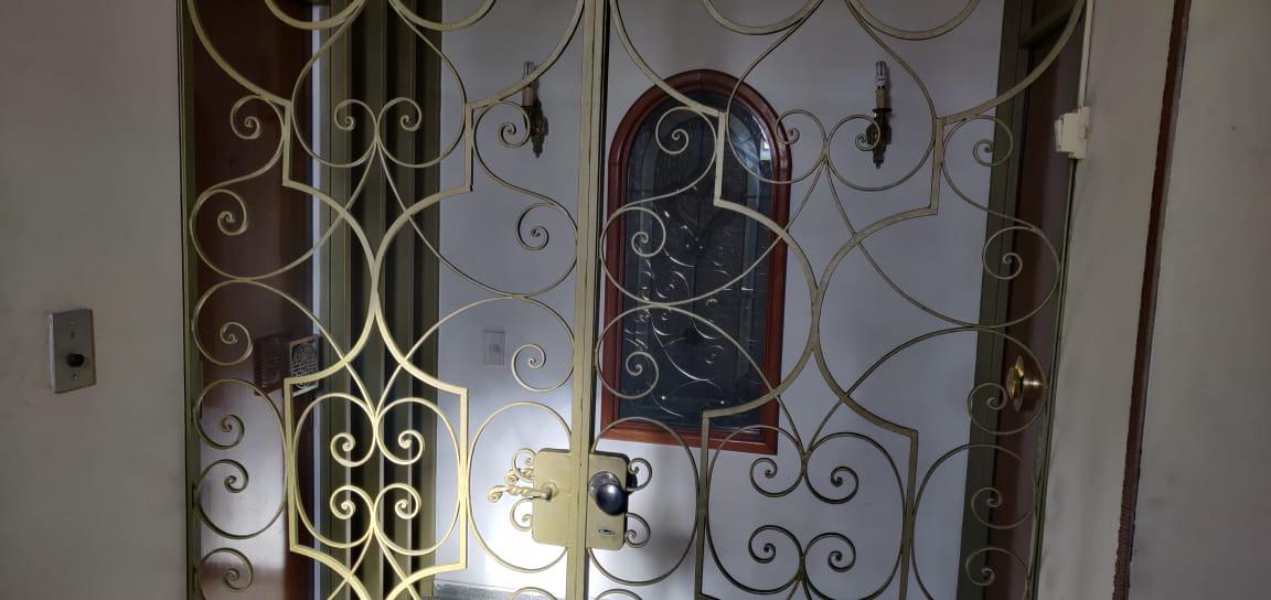 Foto Departamento en Venta en  Capital ,  Mendoza  Espejo al 200