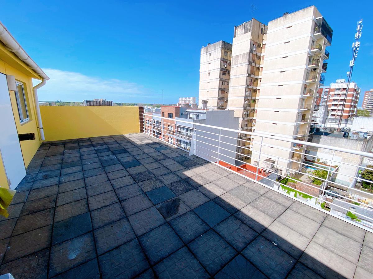 Foto Departamento en Venta en  San Fernando ,  G.B.A. Zona Norte  Madero al 1100- Monoambiente con terraza propia! Impecable