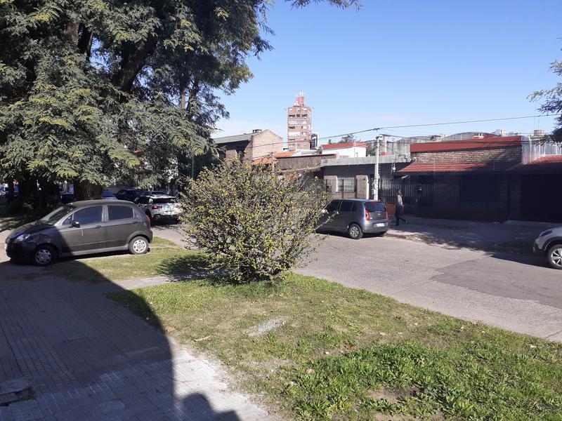 Foto Casa en Alquiler en  La Blanqueada ,  Montevideo  Casa en alquiler en zona de Avenida Italia y Propios