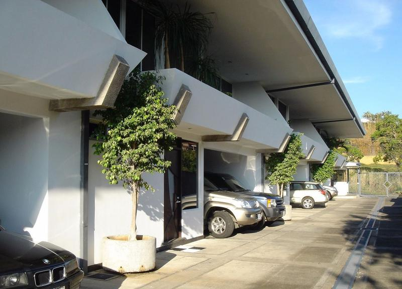 Foto Casa en condominio en Renta en  Escazu,  Escazu   Espectacular Casa con LB en Condominio Boutique