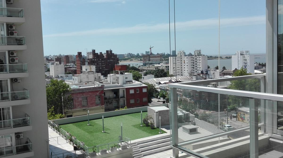 Foto Departamento en Alquiler en  Barrio Sur ,  Montevideo  Barrio Sur