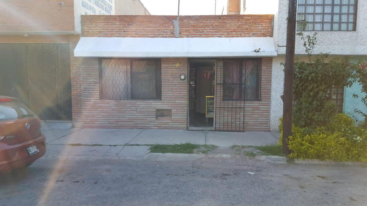 Foto Casa en Venta en  Industrias,  San Luis Potosí  CASA EN VENTA EN FRACCIONAMIENTO INDUSTRIAS