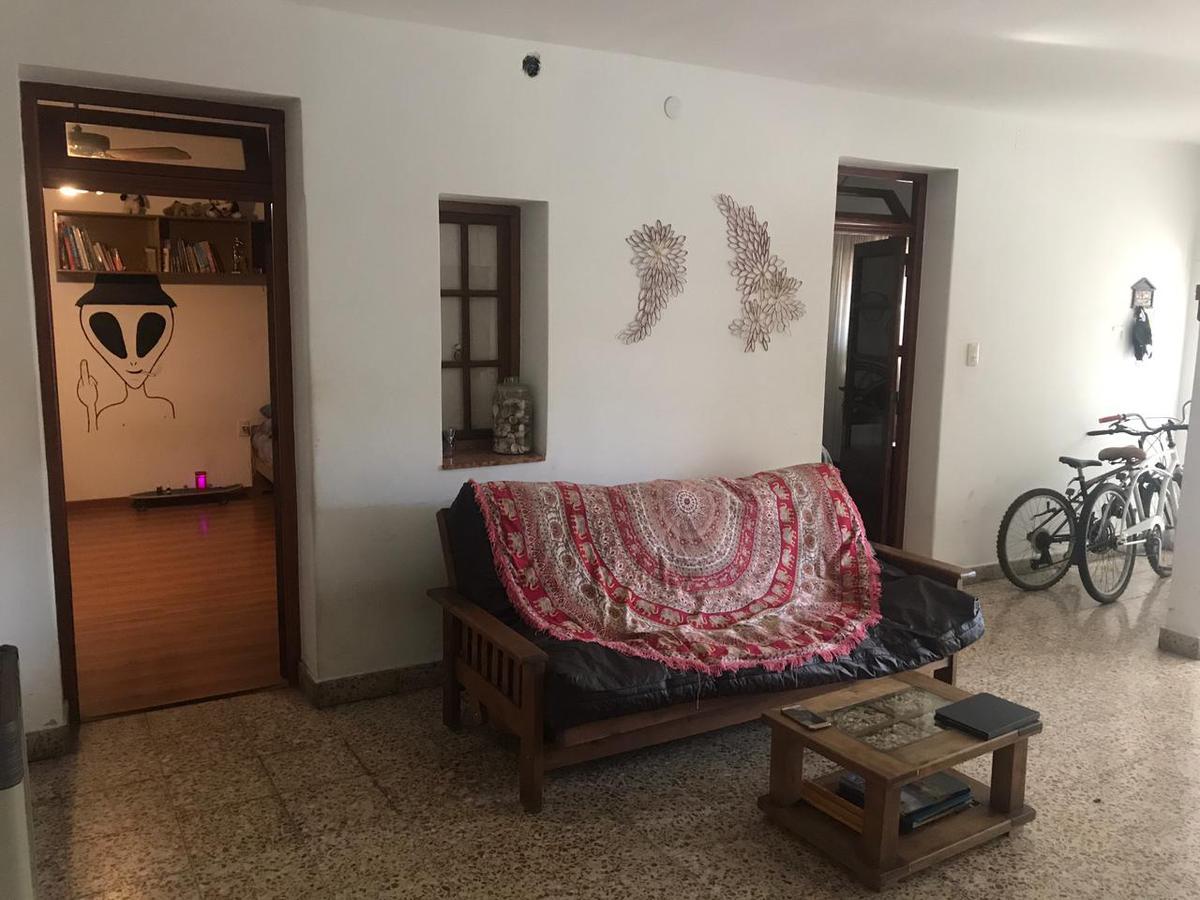 Foto Casa en Venta en  Bella Vista,  Rosario  Manuel Suárez 3843 - Rosario - Casa con cochera.