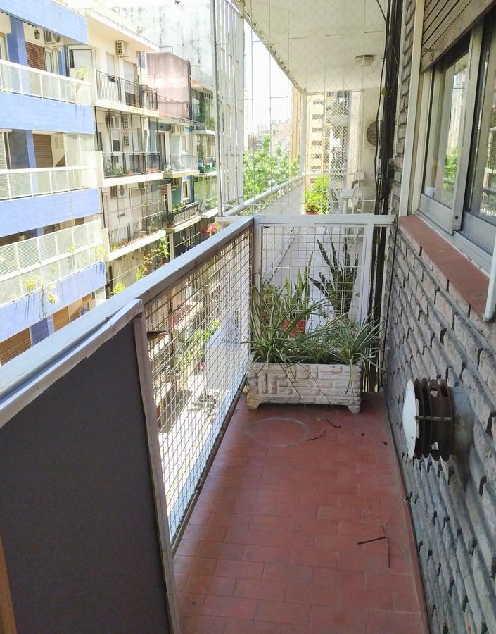 Foto Departamento en Venta en  Caballito ,  Capital Federal  Parque Rivadavia Frente Balcon  3 ambientes  2 vestidores semipiso  Doblas al 100  5