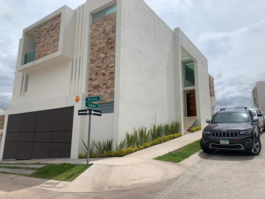 Foto Casa en Venta en  Villa Magna,  San Luis Potosí  Villa Magna, Atlas esquina con Zeus