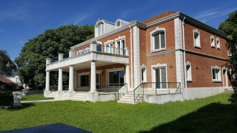 Foto Casa en Venta | Alquiler en  La Lucila-Libert./Rio,  La Lucila  Andrés Ferreyra al 3900