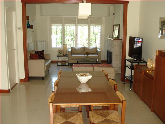 Foto Casa en Alquiler temporario en  Mar Del Plata ,  Costa Atlantica  Pellegrini 3100 - Playa Grande - Mar del Plata