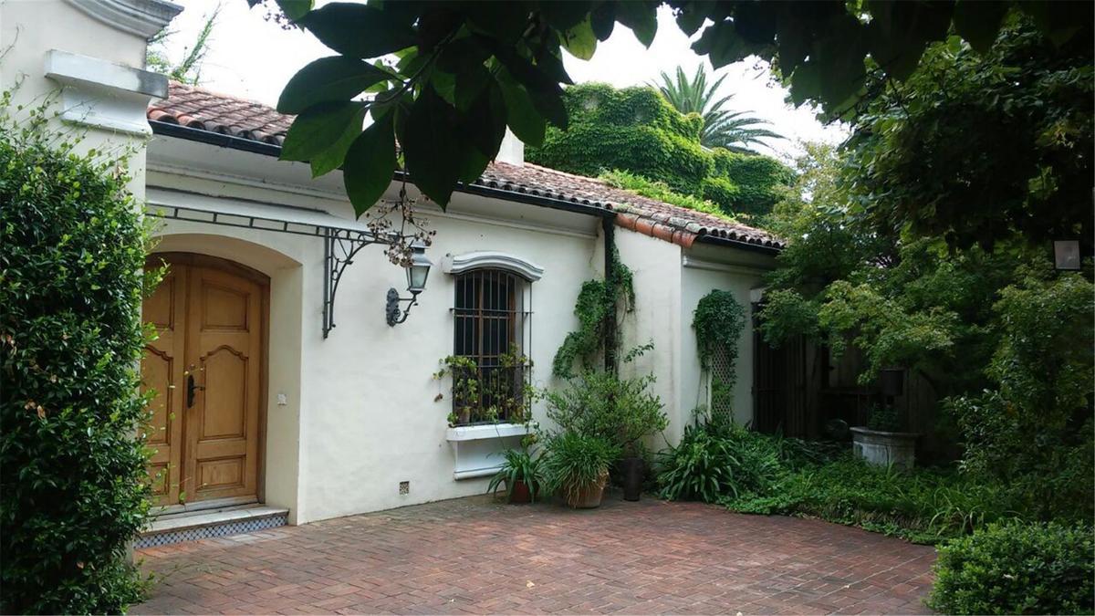 Foto Casa en Venta |  en  S.Isi.-Libert./Lasalle,  San Isidro   Belgrano al 700
