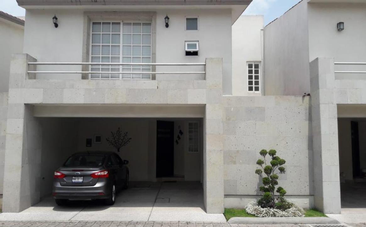 Foto Casa en condominio en Renta en  La Joya,  Metepec  Casa en Renta Amueblada, Paseo de la Asunción, Residencial La Joya I