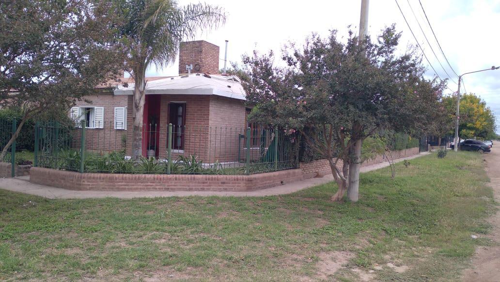 Foto Casa en Venta en  Colonia Caroya,  Colon  Calle 15 Norte al 200
