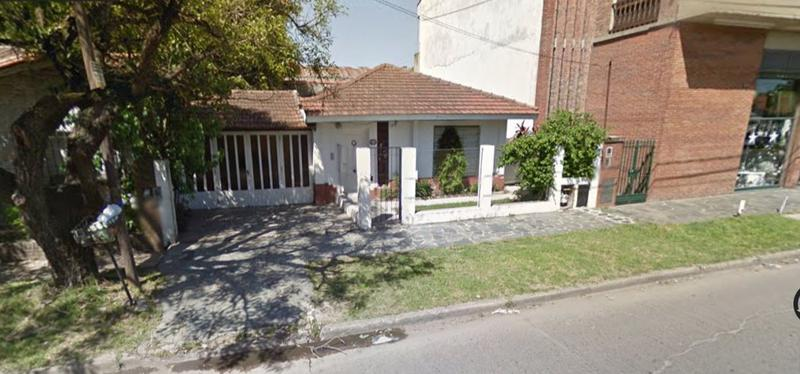 Foto Casa en Venta |  en  Adrogue,  Almirante Brown  CASTELLI Y SAN MARTIN