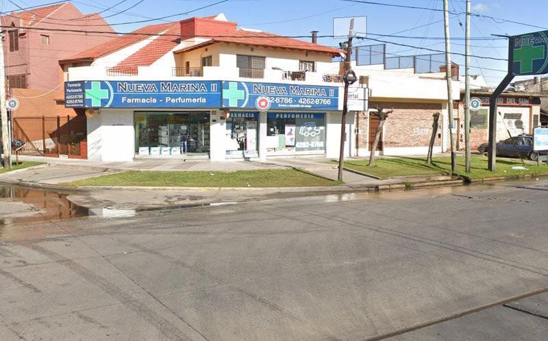 Foto Local en Venta en  Lanús ,  G.B.A. Zona Sur  MANUEL OCAMPO al 2000