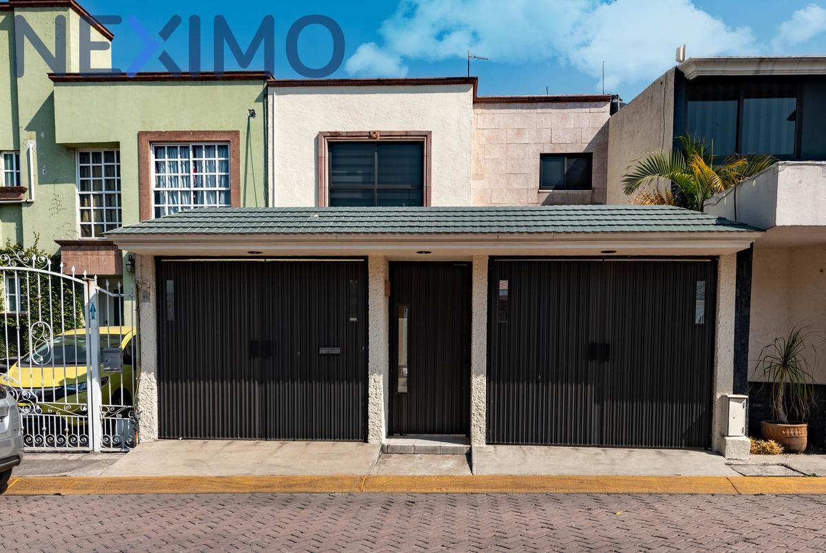 Foto Casa en Venta en  Jardines del Alba,  Cuautitlán Izcalli  Geranios No. 28