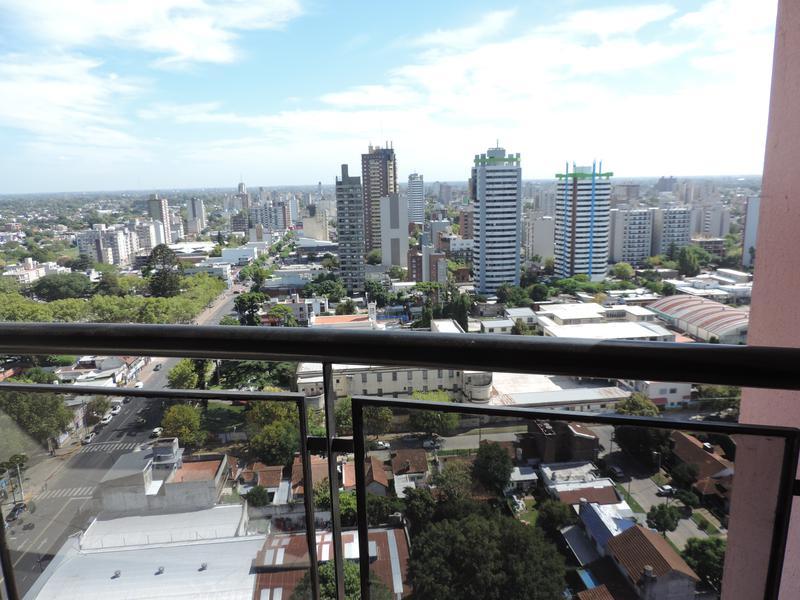 Foto Departamento en Venta en  Muñiz,  San Miguel  AMPLIO 3 AMBIENTES CON COCHERA- EXCELENTE UBICACIÓN- EDIFICIO BARCELONA V- SAAVEDRA al 1100