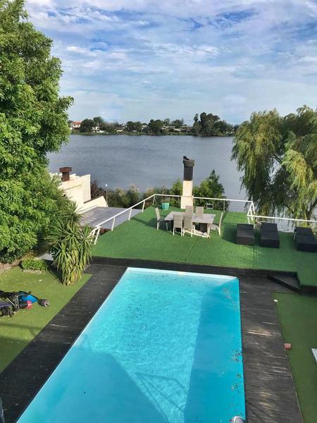 Foto Casa en Alquiler en  Parque Miramar ,  Canelones  Parque Miramar, casa al lago,  playroom, piscina