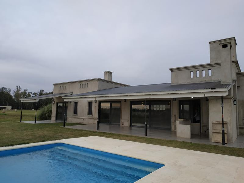 Foto Casa en Venta en  Estancia Villa Maria,  Countries/B.Cerrado  Estancia Villa Maria. B° Arroyito