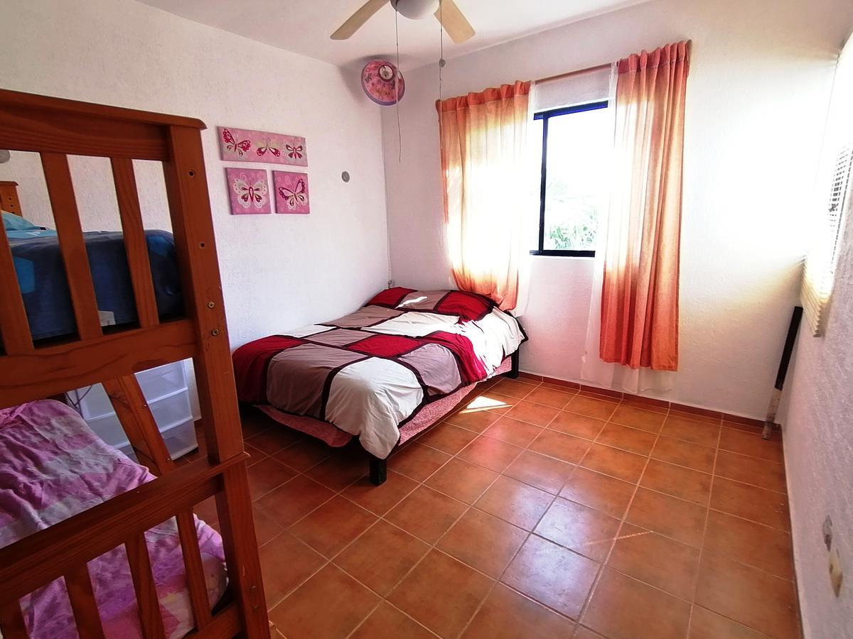Foto Casa en Venta en  La Toscana,  Solidaridad  3 REC. amueblada, en La Toscana