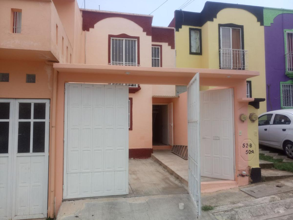 Foto Casa en Venta |  en  Fraccionamiento Las Fuentes,  Xalapa  Casa en venta en Xalapa Ver fraccionamiento Las fuentes 2 pisos