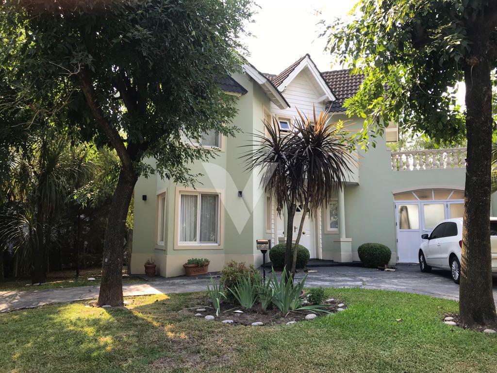 Foto Casa en Venta en CORVALAN, INTENDENTE entre GRAHAM BELL, A. y , Moreno | Countries/B.Cerrado | Haras Maria Eugenia