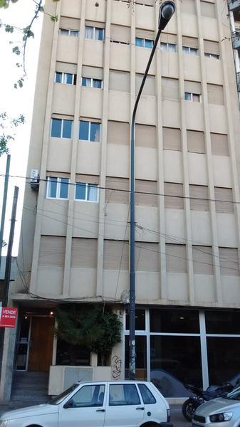 Foto Departamento en Alquiler en  La Plata ,  G.B.A. Zona Sur  44 entre 8 y 9