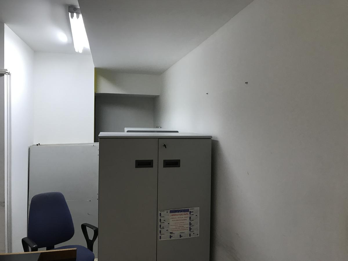 Foto Oficina en Alquiler en  Balvanera ,  Capital Federal  Riobamba al 300