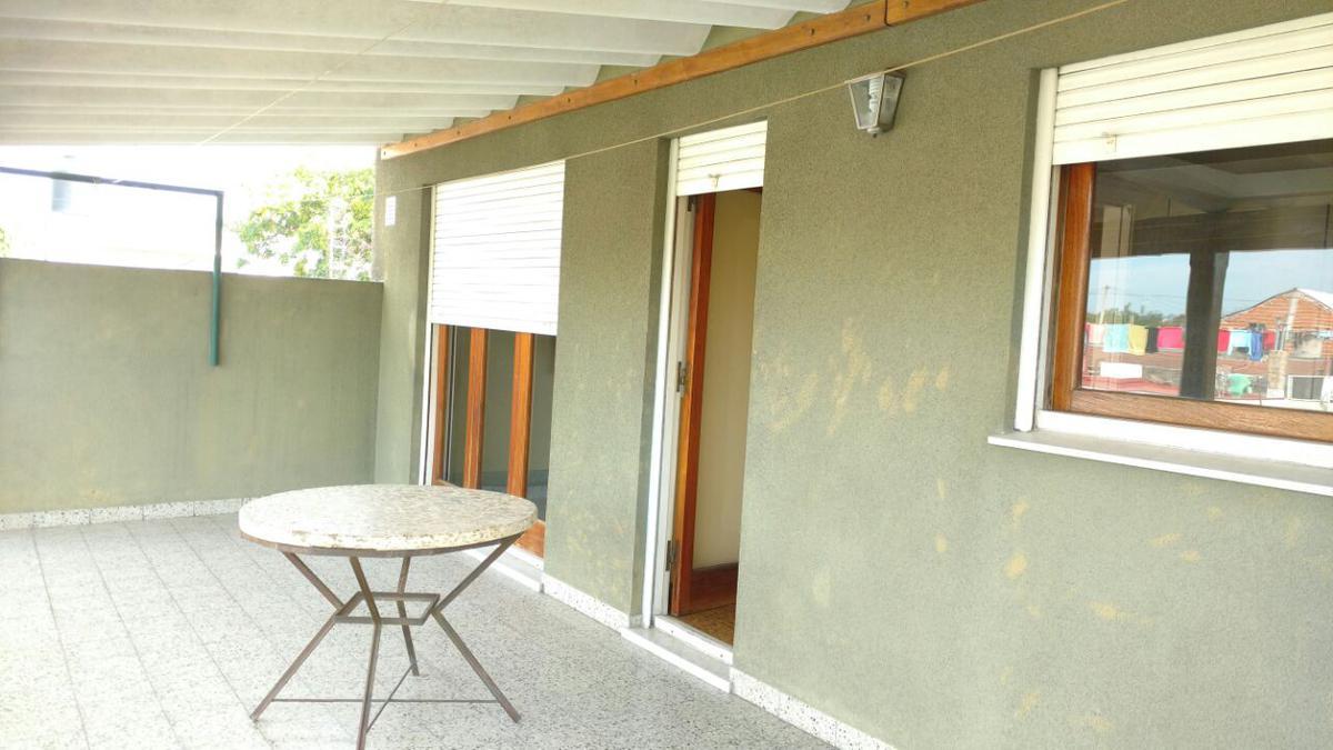Foto Casa en Venta en  Rafael Calzada,  Almirante Brown  Colon 3334