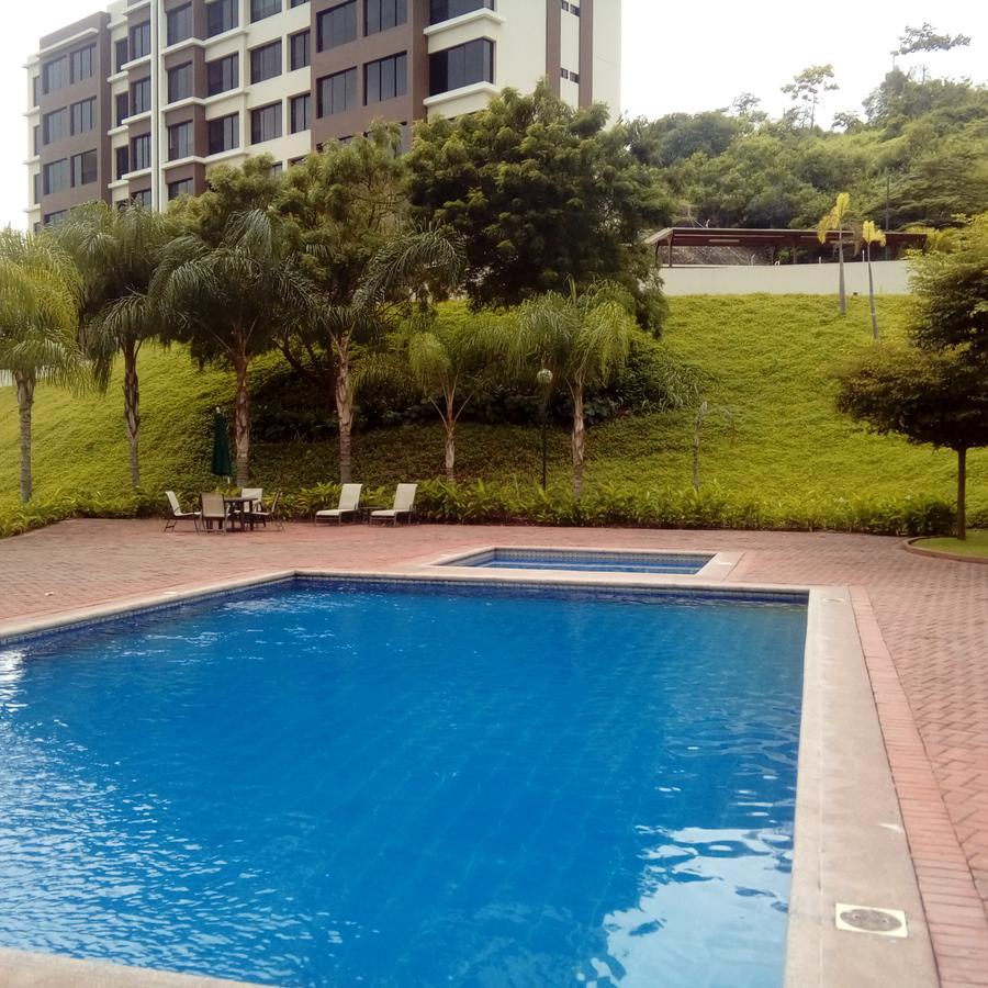 Foto Departamento en Alquiler en  Vía a la Costa,  Guayaquil  $1200 INCLUYE ALICUOTA, INTERNET, AGUA  DEPART AMOBLADO EN BOSQUES DE LA COSTA