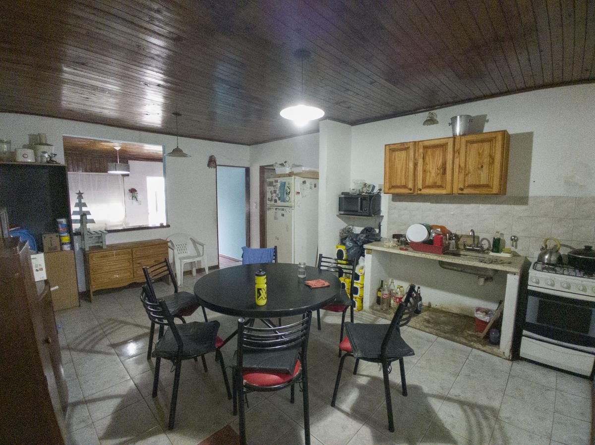 Foto Casa en Venta en  Gualeguaychu,  Gualeguaychu  Aguado 1028
