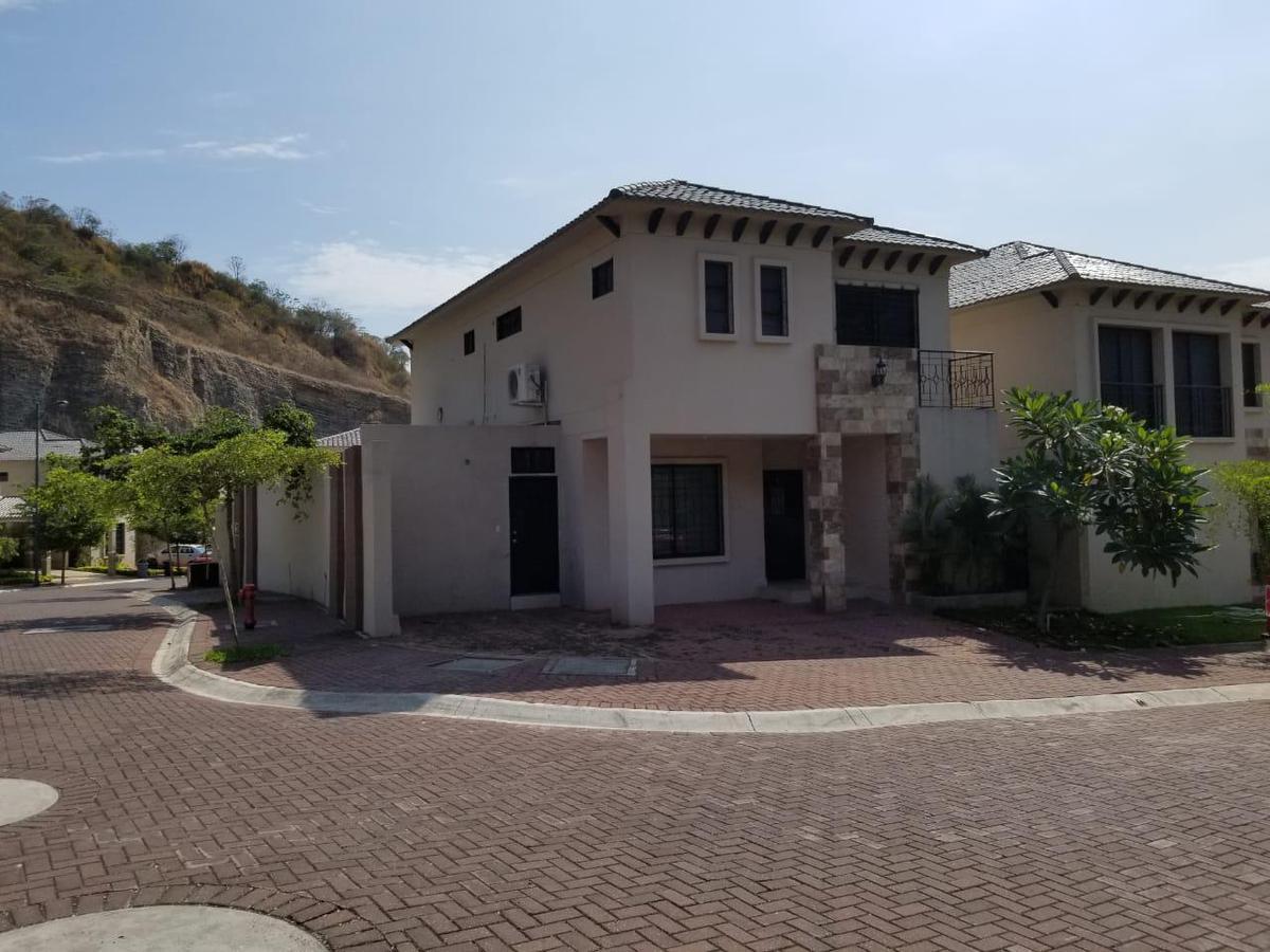 Foto Casa en Venta en  Vía a la Costa,  Guayaquil  Vía Guayaquil - Salinas km 10, Bosques de la Costa