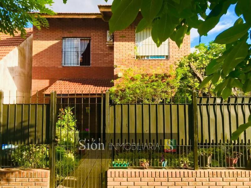 Foto Casa en Venta en  Jose Marmol,  Almirante Brown  Rosales 2718