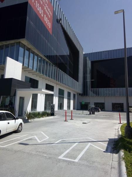 Foto Oficina en Renta en  La Rioja Privada Residencial 1era. Etapa,  Monterrey  Oficinas en Renta en  Zona Sur - Quadra Towers - Obra Gris Zona Carr. Nal. (AAH)