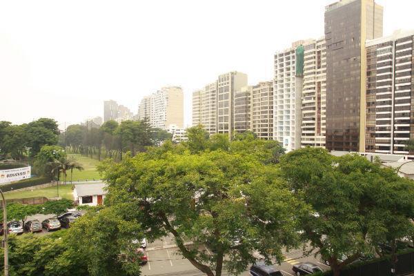 Foto Departamento en Alquiler en  San Isidro,  Lima  Alquiler de departamento amoblado con vista  al Golf, San Isidro