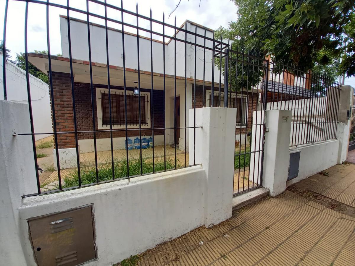 Foto Casa en Alquiler en  San Miguel ,  G.B.A. Zona Norte  Las Delicas al 1100