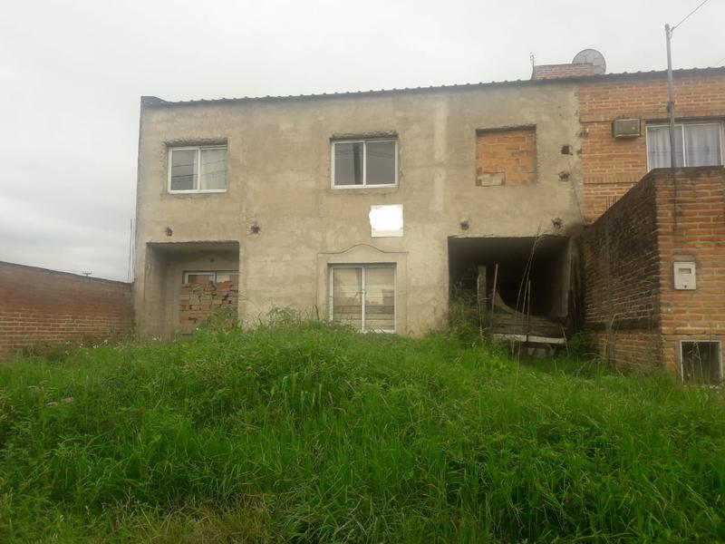 Foto Casa en Venta en  San Miguel De Tucumán,  Capital  Fray esquiu al 1900