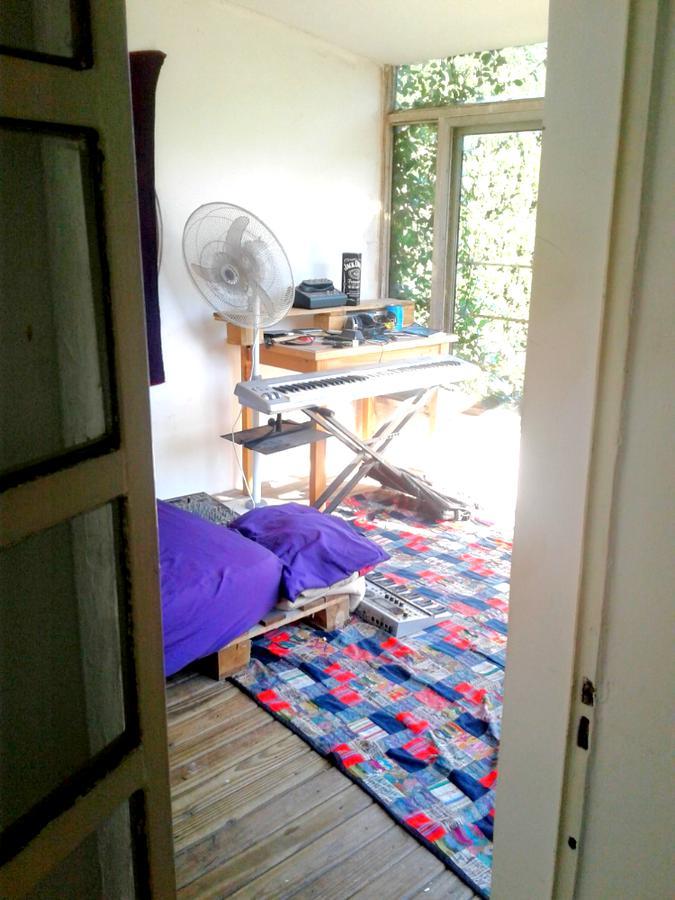 Foto Casa en Venta en  Vicente López ,  G.B.A. Zona Norte  venta de casa en vicente lopez 5 dorm dependencia y pileta