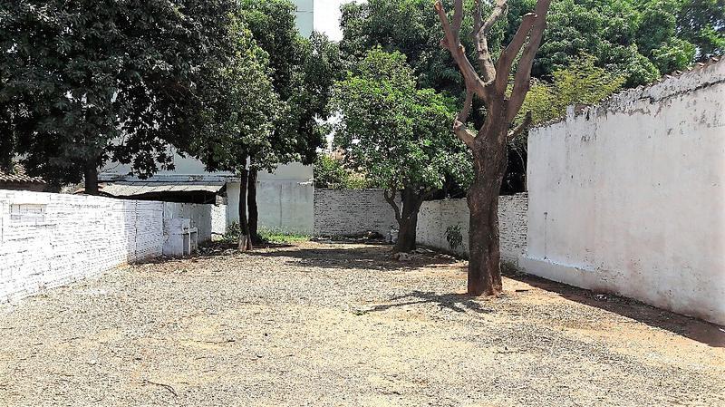 Foto Local en Alquiler en  San Cristobal,  La Recoleta  Zona Avda. Mcal. López y Denis Roa