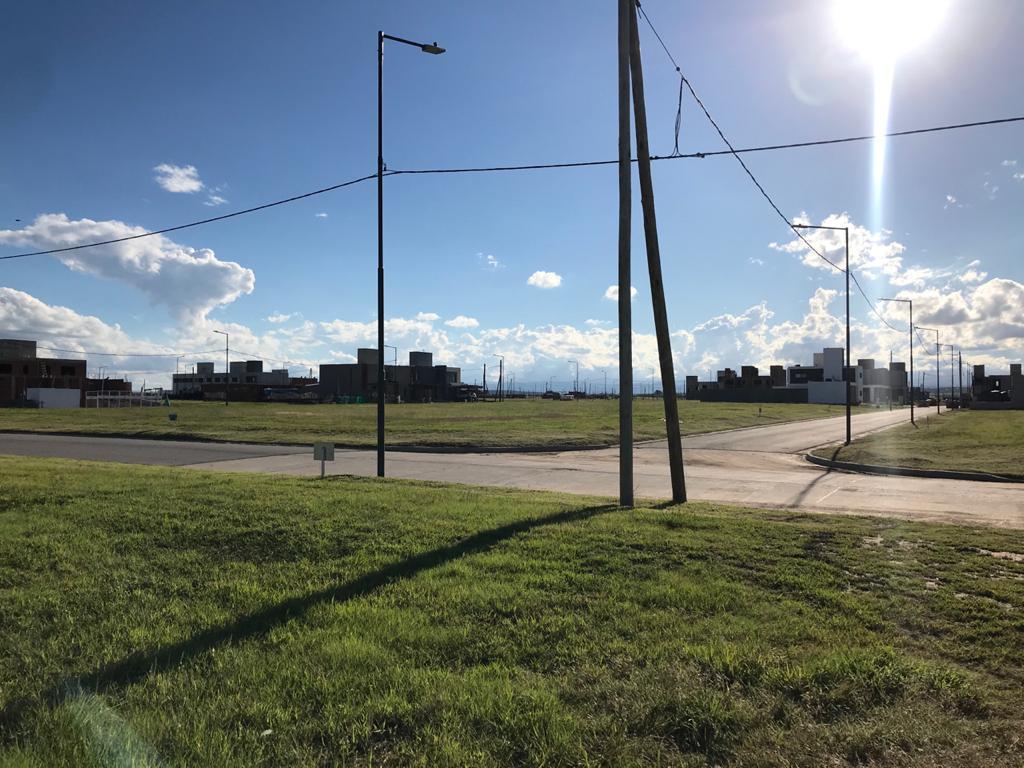 Foto Terreno en Venta en  Prados de Manantiales,  Cordoba Capital  Solares de Manantiales - M50 L27