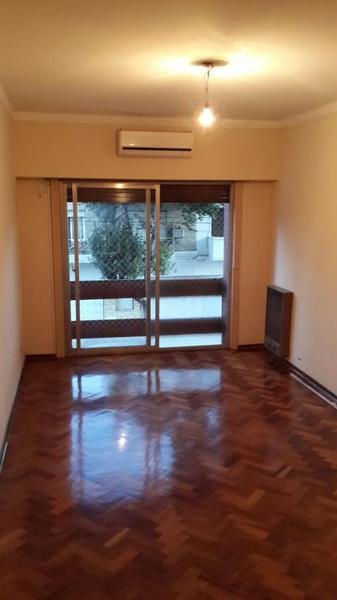 Foto Departamento en Alquiler | Venta en  Lomas De Zamora,  Lomas De Zamora  Portela al 300