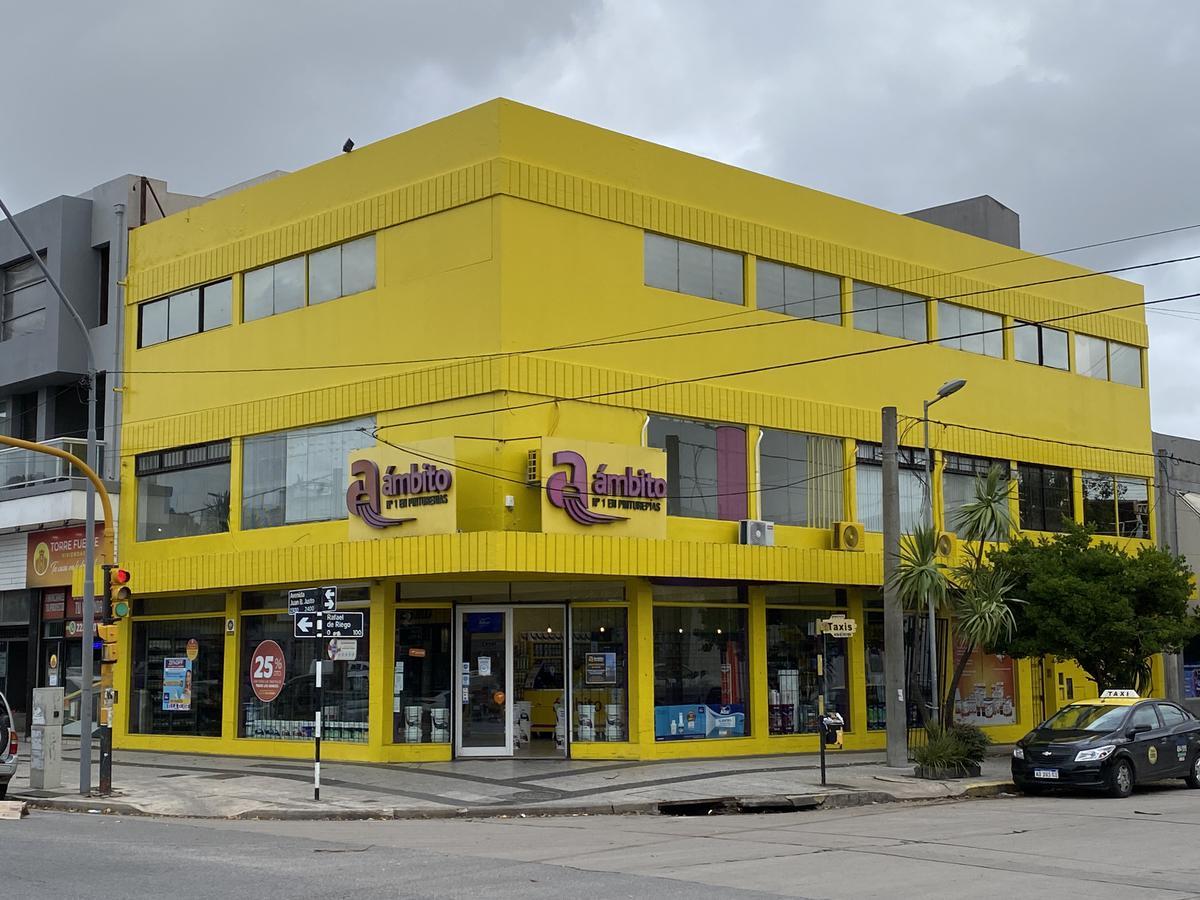 Foto Local en Venta en  Las Avenidas,  Mar Del Plata  Juan B Justo 2392 ESQUINA R. de Riego