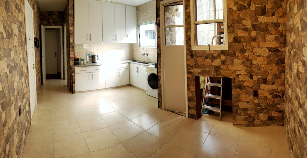 Foto Apartamento en Venta en  Pocitos ,  Montevideo  Apartamento 3 dormitorios 2 baños en Pocitos, casi Rambla