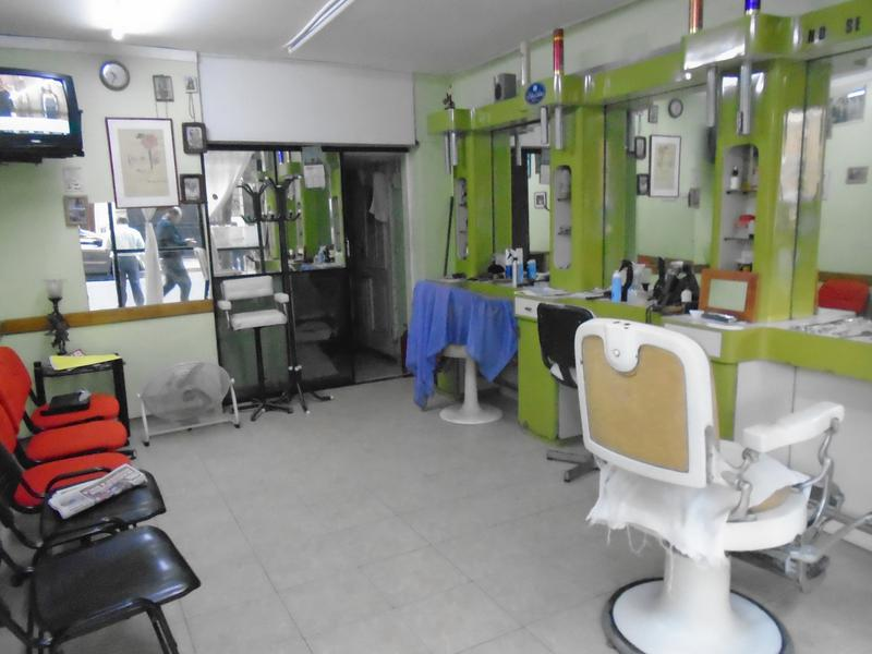 Foto Local en Venta en  Monserrat,  Centro  Luis Saenz Peña  al 400