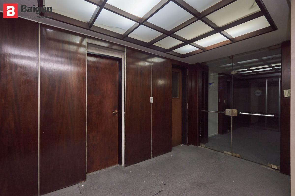 Foto Oficina en Alquiler en  Centro (Capital Federal) ,  Capital Federal  Esmeralda 1 - 6 - 7