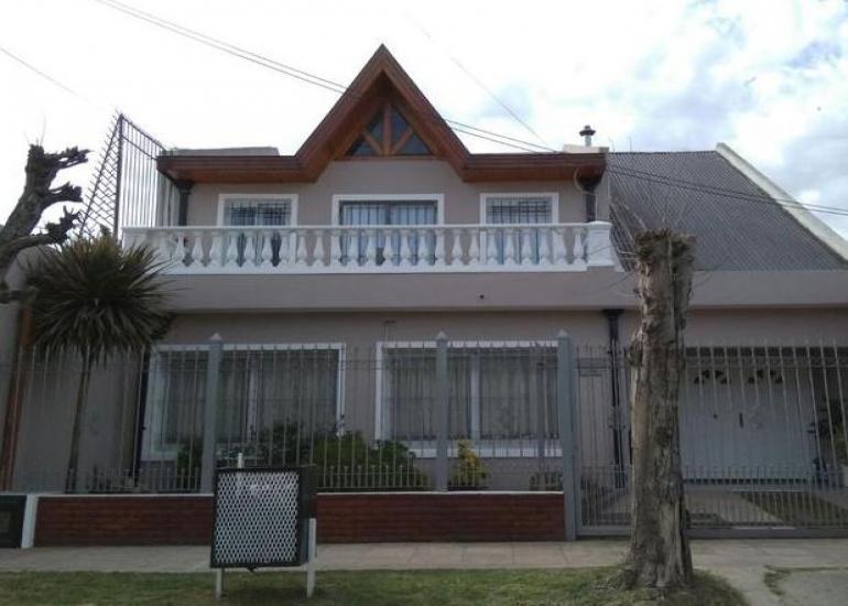 Foto Casa en Venta en  Monte Grande,  Esteban Echeverria  Terrarosa 750, Monte Grande, Buenos Aires