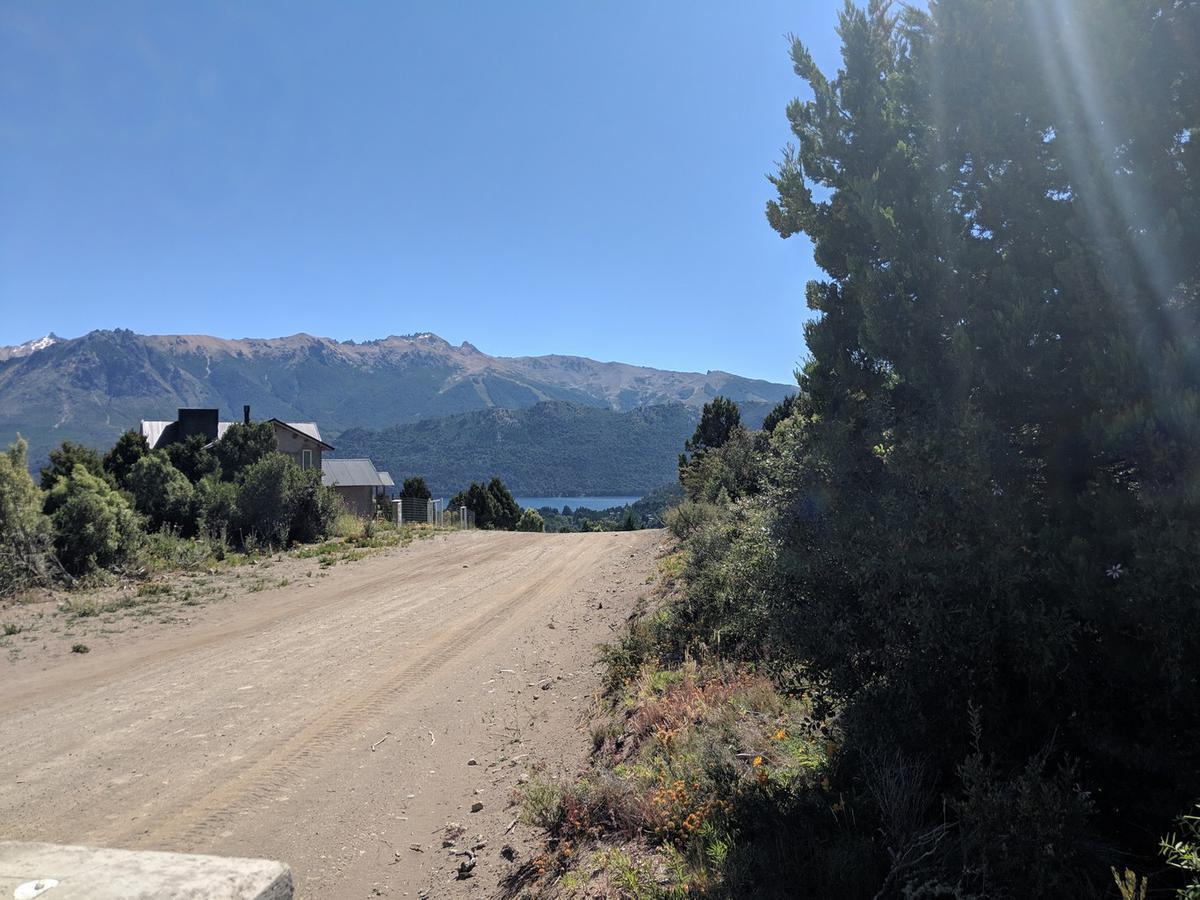 Foto Terreno en Venta en  Bariloche ,  Rio Negro  Lomas del Cauquen lote 11