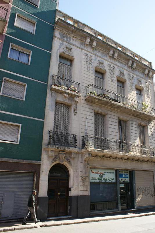 Foto Departamento en Venta en  San Telmo ,  Capital Federal  Peru al 1200