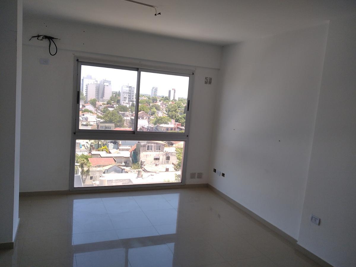 Foto Departamento en Venta en  Berazategui,  Berazategui  Av. Mitre 1019 e/ 10 y 11