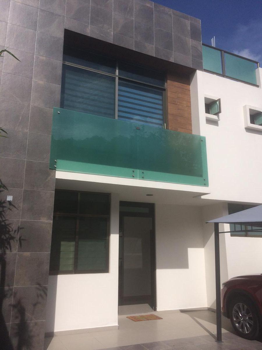Foto Casa en Renta en  Ampliacion Adolfo Ruiz Cortínez,  Tuxpan  CASA NUEVA EN RENTA AMUEBLADA