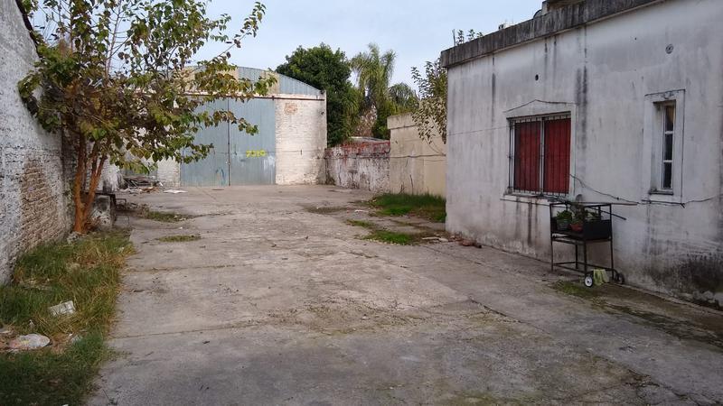 Foto Depósito en Alquiler en  Ituzaingó ,  G.B.A. Zona Oeste  Ratti al 700