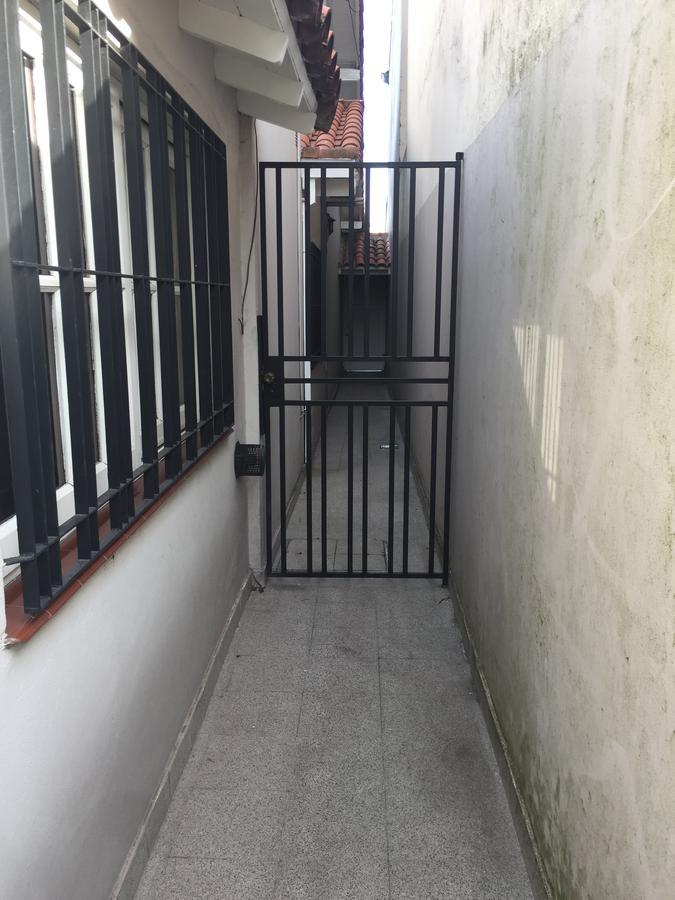 Foto Casa en Venta en  Lomas de Zamora Oeste,  Lomas De Zamora  GERVASIO ANTONIO POSADAS al 144