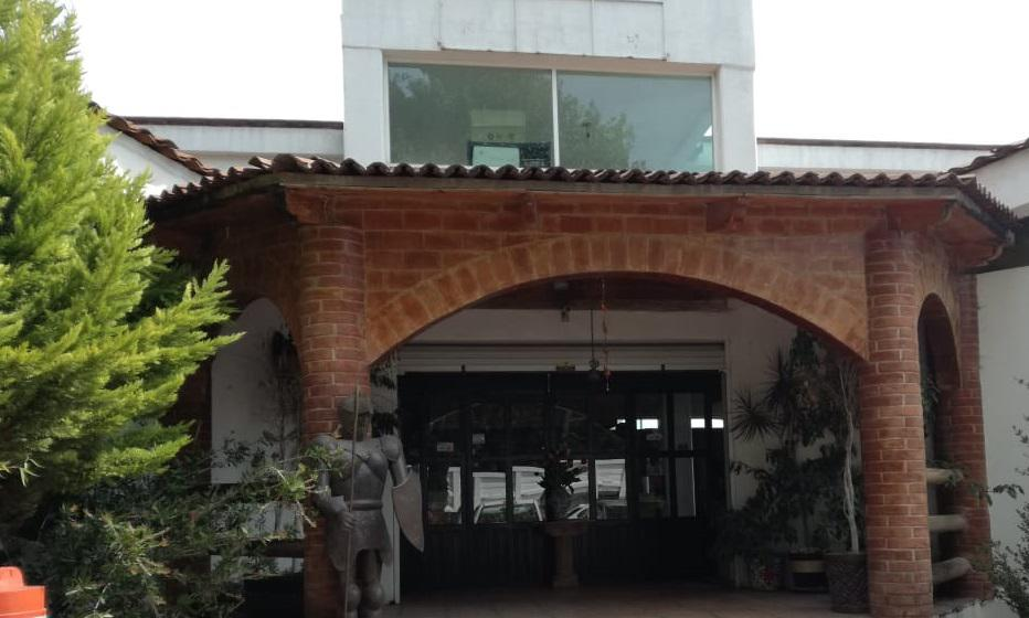 Foto Local en Venta en  Calimaya ,  Edo. de México  Restaurante y terreno en VENTA,Carretera San Juan Tilapa-Zacango, Calimaya, Estado de México.